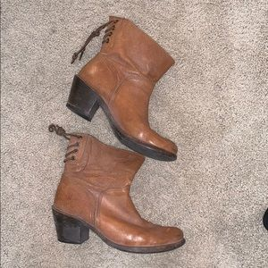 Frye Tan Lace-back Leather Booties size 8